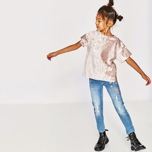 Zara girls ripped jeans with embroidered stars
